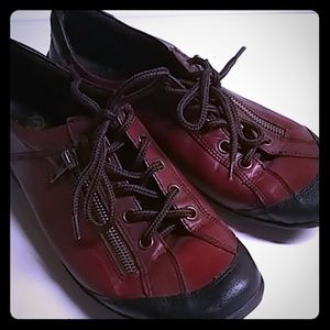 Remonte Dormdorf Red Oxfords Zip Women Size 10/40